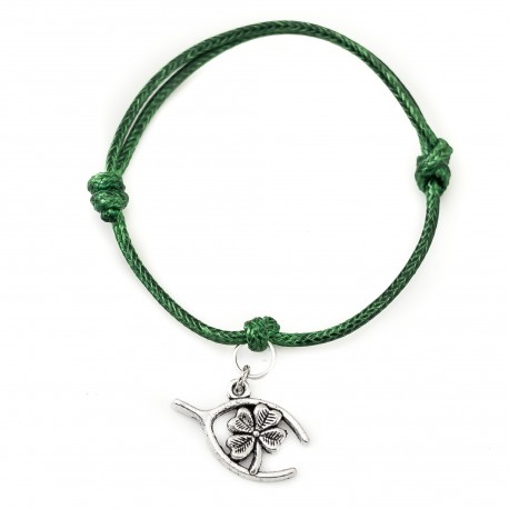 Clover and spur bracelet with string