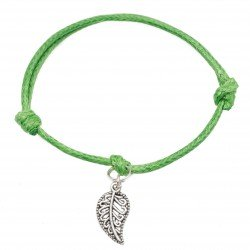 Leaf bracelet with string