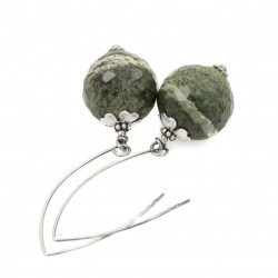 Silver earrings with serpentine