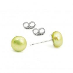Ear studs freshwater pearls, light green