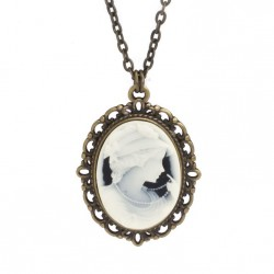 Camea necklace, long chain